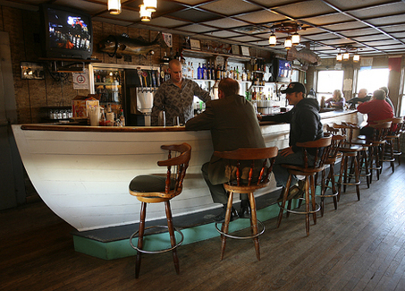 Large Boat Easy Moveable Bar Counter