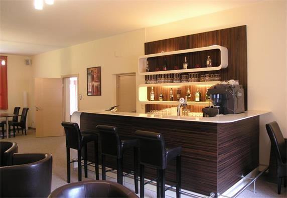 Wood Cabinet Bar Counter Furniture With Stools Affordable Price