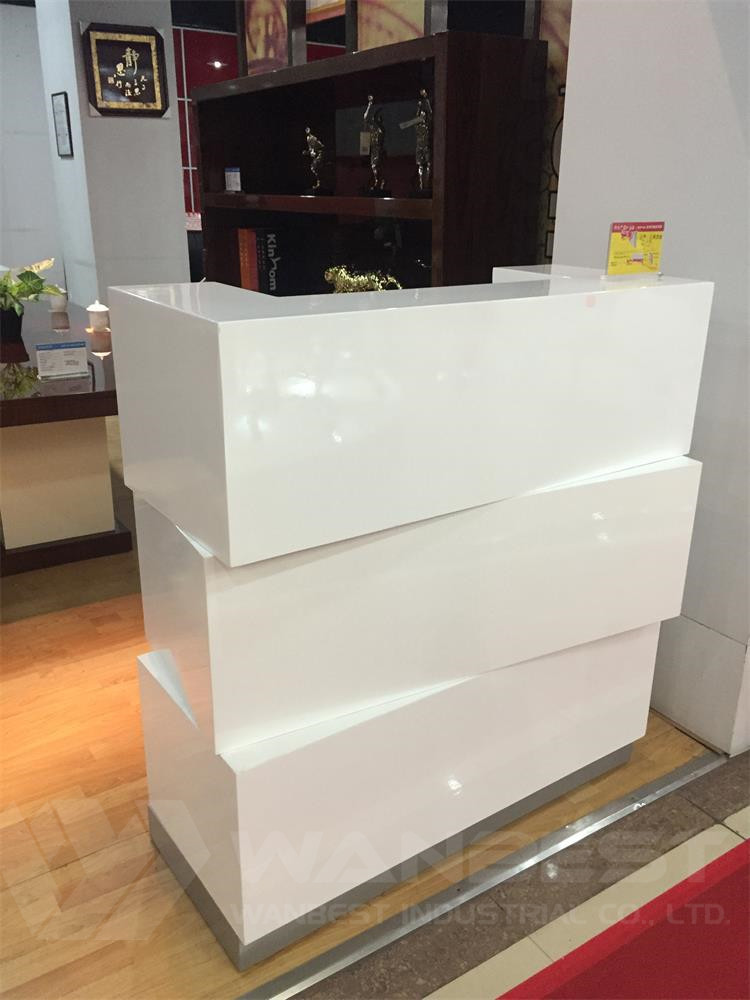 White Corian marble company reception salon cash counter shopping mall kiosk  (1)