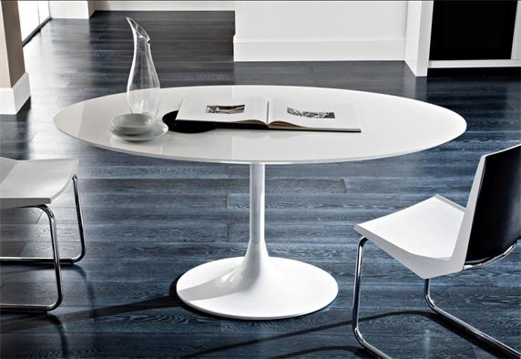 White Big Roung Stone Restaurant Tables And Chairs