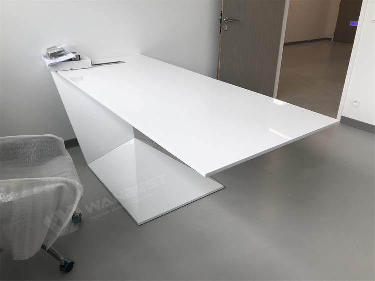 Z shape office desk