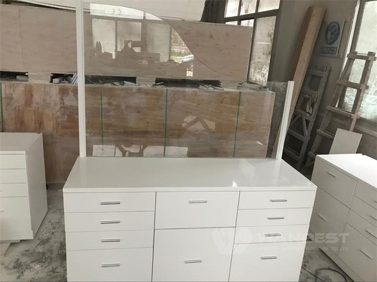 Office desk with tempered glass
