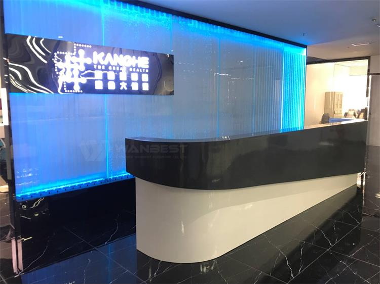 Reception desk-side