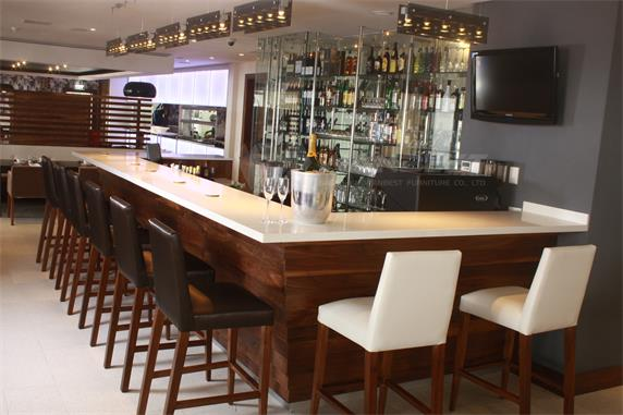 Stylish Bar Counter Artificial Marble Top With Chairs