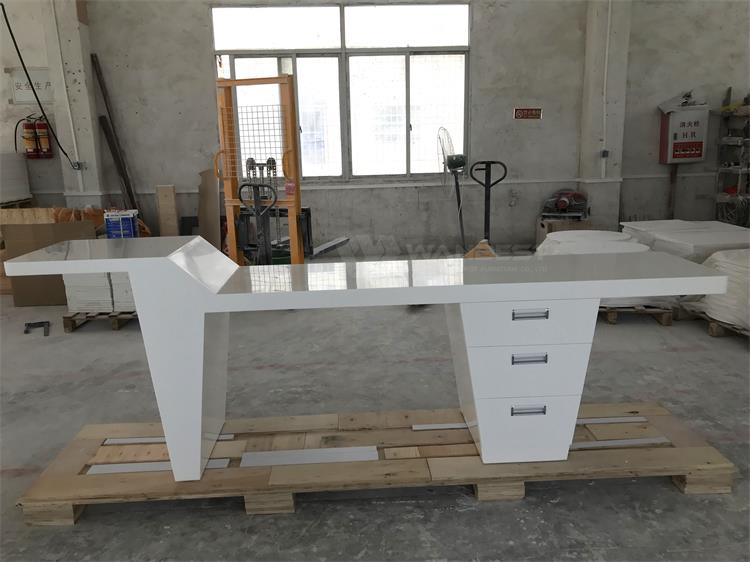 Modern White Offce Desk