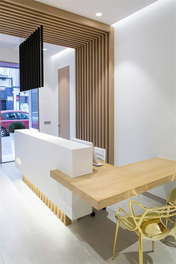 A Set of Corian Solid Surface Products Dentist Clinic
