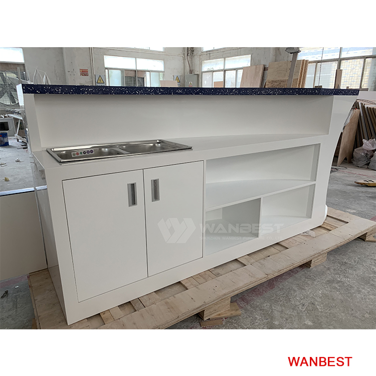 bar counter with 2 sinks