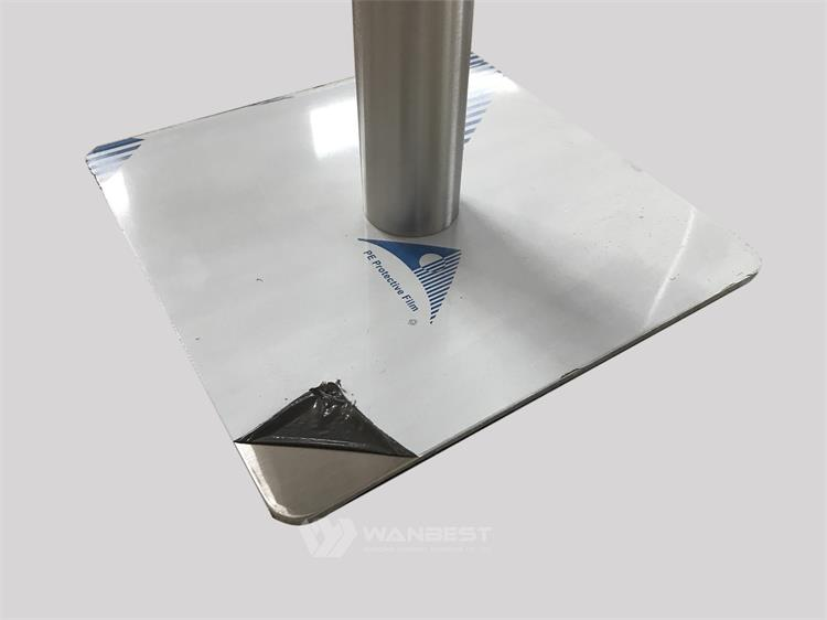 the 304 stainless steel leg of dining table